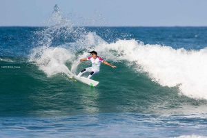 Silvana Lima no Corona Open J-Bay
